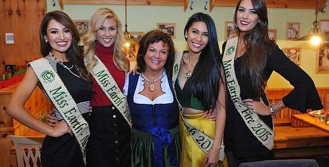 Miss Earth 2015 Gewinnerinen bei Heurigen Schneider Gössl